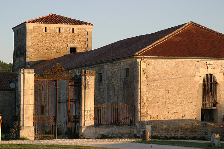 Facilities at Les-Stables
